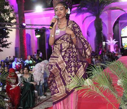 سابقة فتاريخ مهرجان حب الملوك اللّي تأسس هادي 97 عام.. اختيار عروس إفريقية وها الجنسية ديالها (صور)