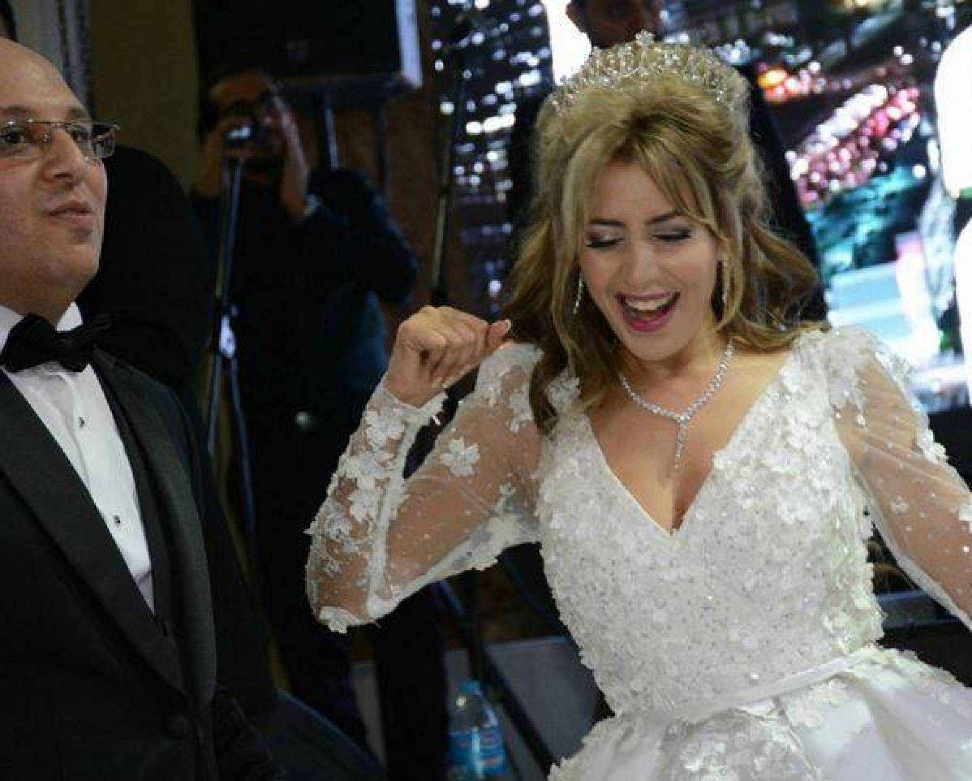 ها فين كدوز جنات شهر العسل مع راجلها لي هو أحد مستشاري الرئيس المصري السيسي (صورة)