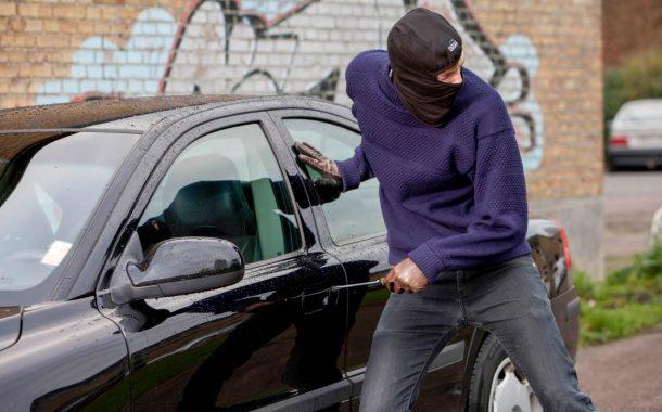 فيديو وراء تفكيك شبكة إجرامية احترفت سرقة السيارات والتزوير فمراكش