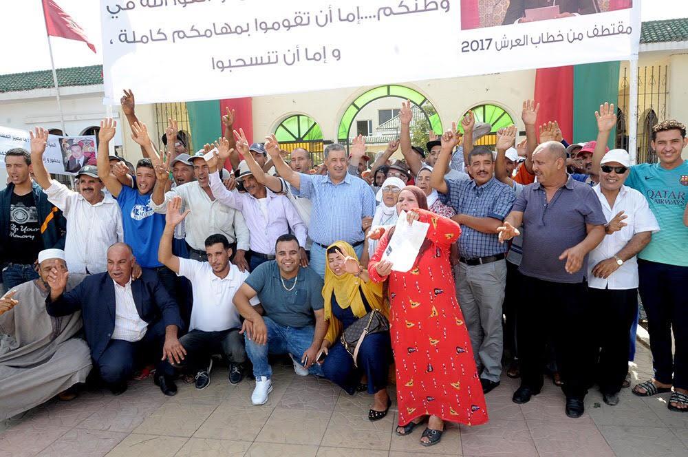 مستشارون بجماعة مديونة يدخلون في اعتصام ويتهمون عامل الإقليم بعرقلة المشاريع التنموية