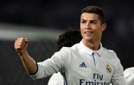 رونالدو يخسر الطعن ويستكمل عقوبة الإيقاف لخمس مباريات