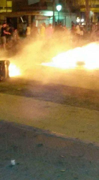 بالفيديو والصور. العروي مابغاتش تطفى فيها المواجهات واعتقالات في صفوف المحتجين
