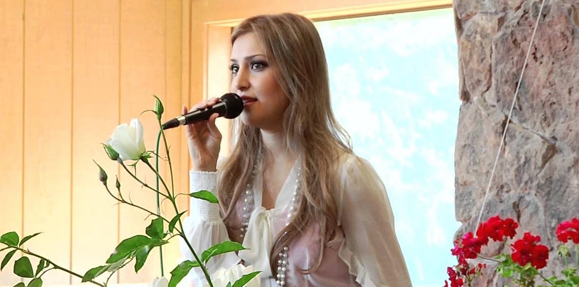 بالفيديو. نايضة على مغنية بوب مسلمة بسباب مقطع اباحي