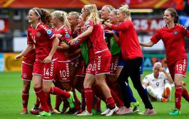 وهادي هي المساواة. منتخب الدانمارك للنساء ما بغاتش يلعب مع السويد حقاش باغيين المساواة فكلشي حتى الراتب