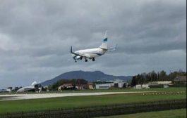 بالفيديو. طيارة فلتات من كارثة فوسط المطار