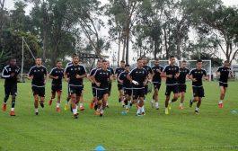 الأسود ضد الأرجنتين قبل المونديال