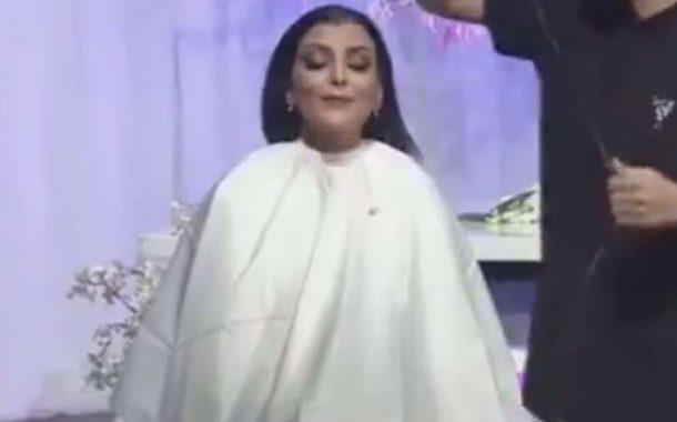 اعلامية سعودية قرعات شعرها على المباشر وها علاش