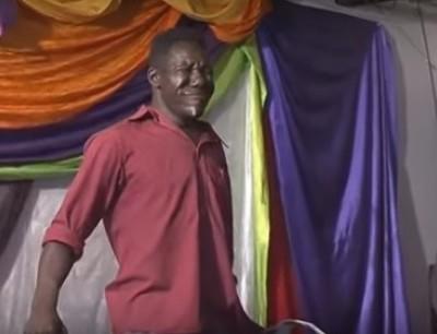 وجه الكوفرا فزيمبابوي فرحان بفوزه للمرة الرابعة بأقبح رجل وباغي يشارك فبطولة العالم