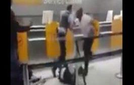 بالفيديو. رجل سلخ امنيين المان بغاو يحيدو لمرا النقاب فالمطار