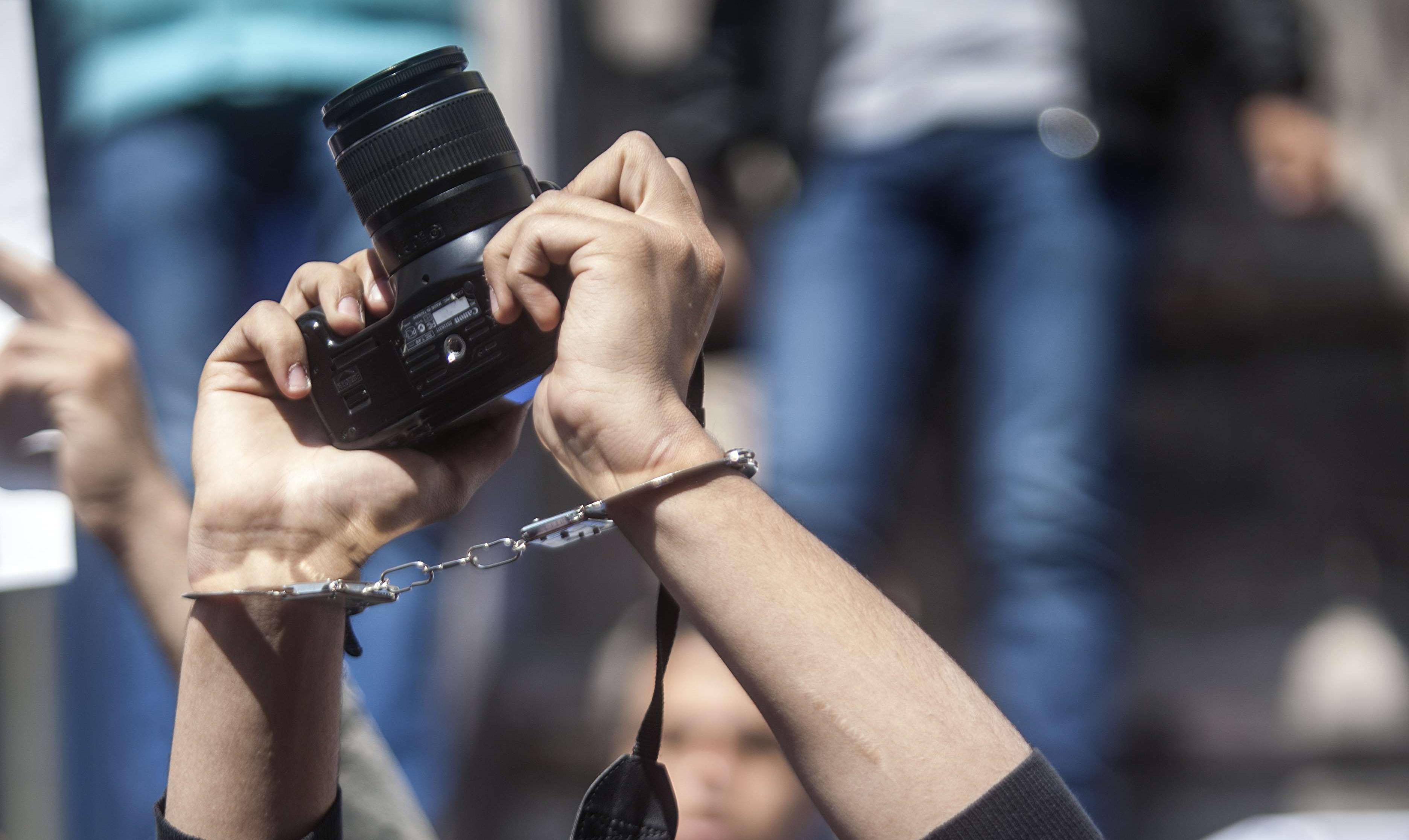 أولى ضربات لحرية الصحافة سنة 2018.. النيابة العامة تقرر متابعة صحفيين وبرلماني بسبب نشر وتسريب ملعومات على لجنة تقصي الحقائق حول التقاعد